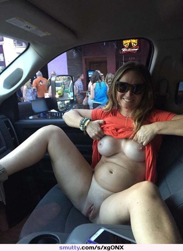 chat live with a horny girl for