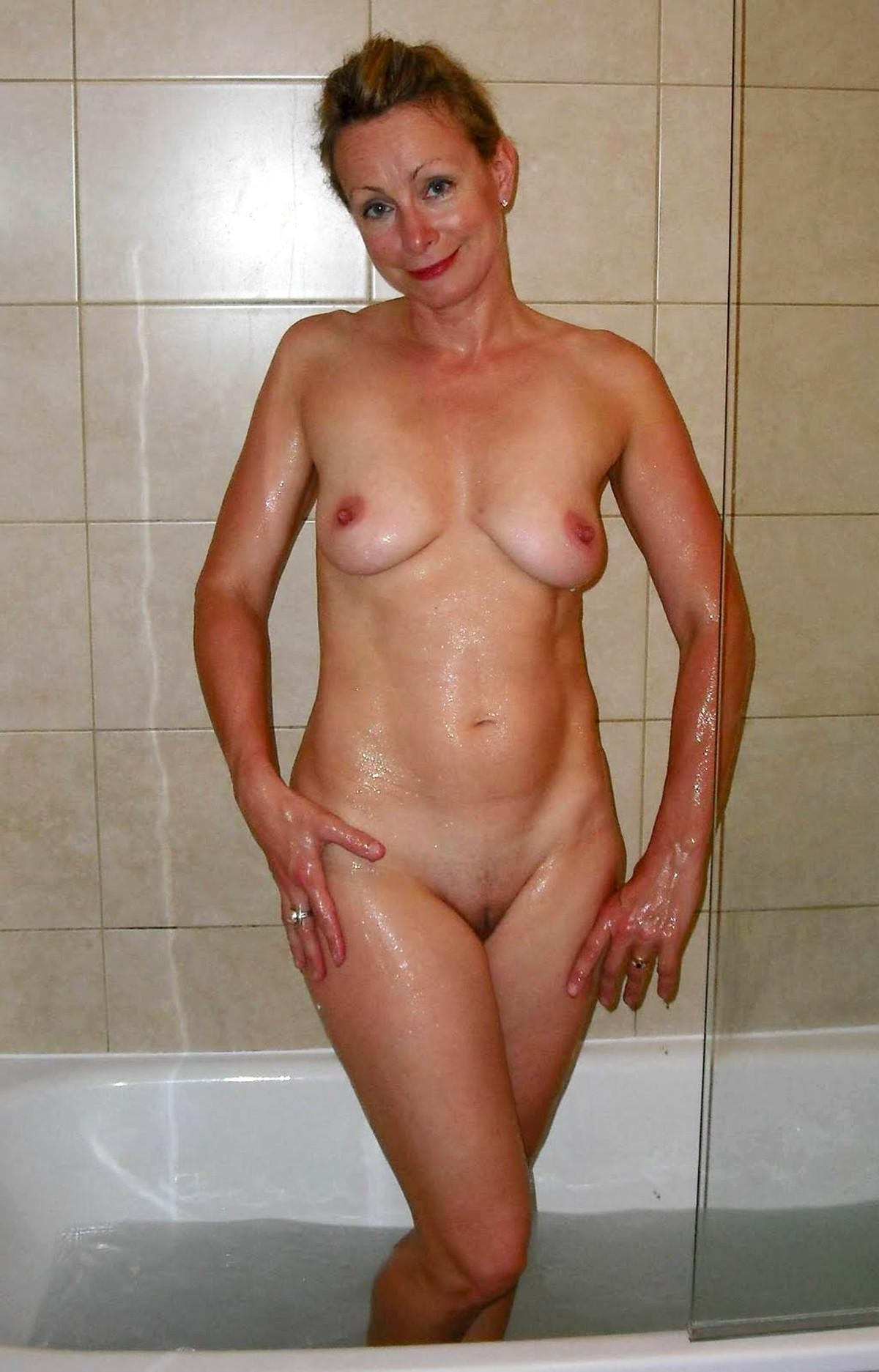 chubby ex wife with tattoos takes shower porn tube video