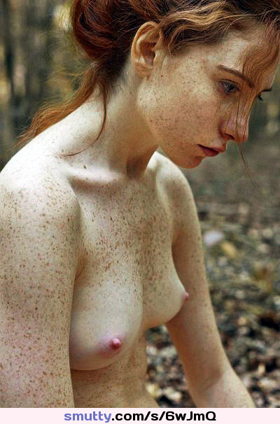 british brunette solo squirting all over herself webcams RhiaLynn Saggytits