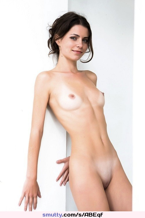 nude blonde pussy hot naked girls