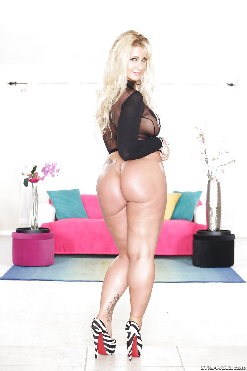 showing images for lisa sparxxx handjob gif xxx