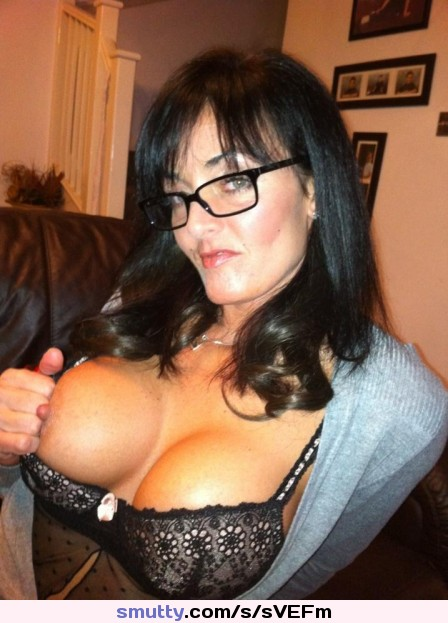showing porn images for dirty housewife porn