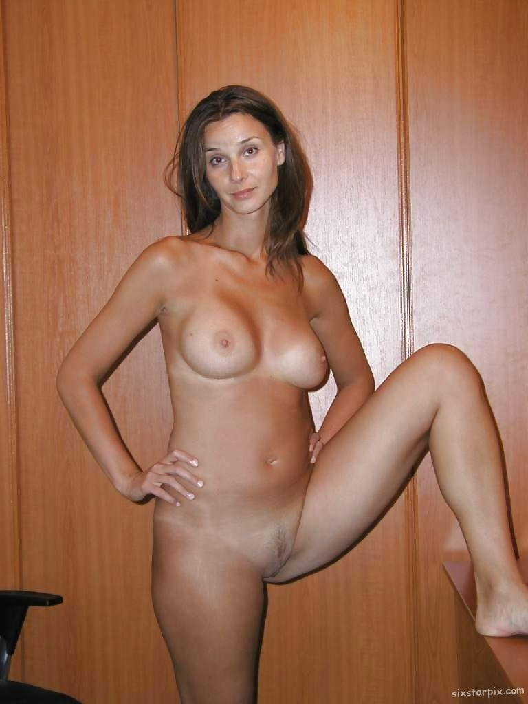 skinny nude pussy hot naked girls