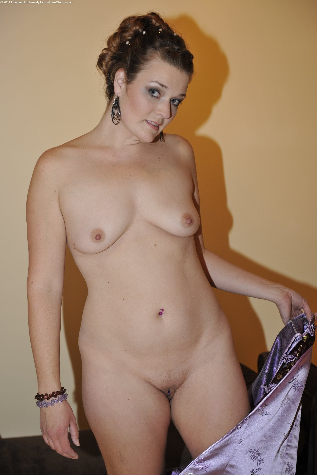 chat with fat girl for sex #mature #Milf #mom #mommy #olderwomen #amateur #wife #brunette #tinytits #flatchest #TinyTitties #nude #naked #frontal #saggytits #saggy