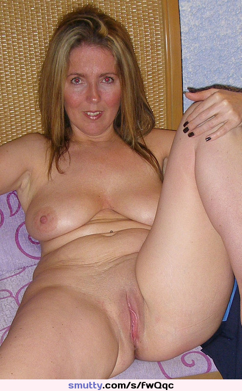fembom wife changes the diaper tmb