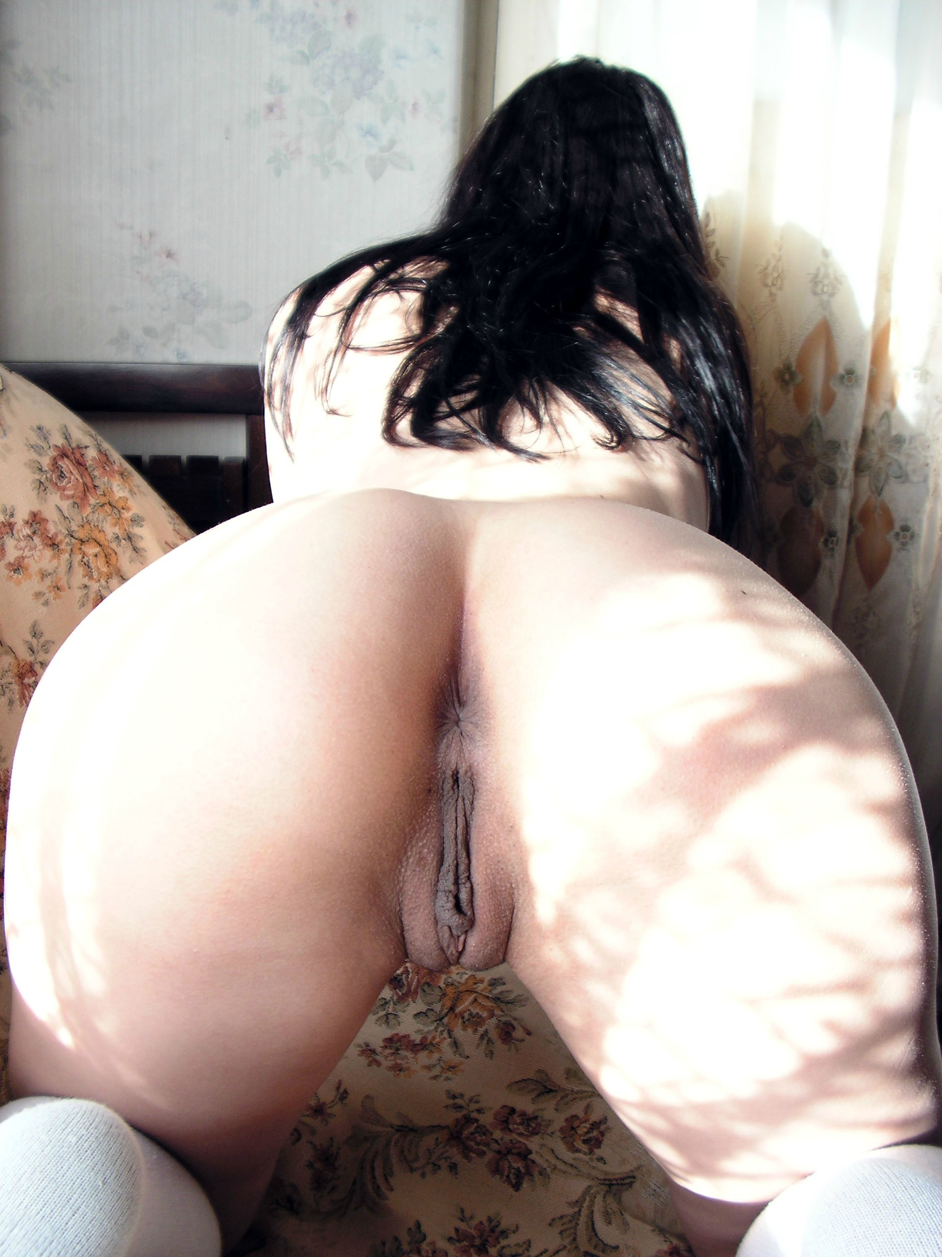 legs pics with hot mature asses