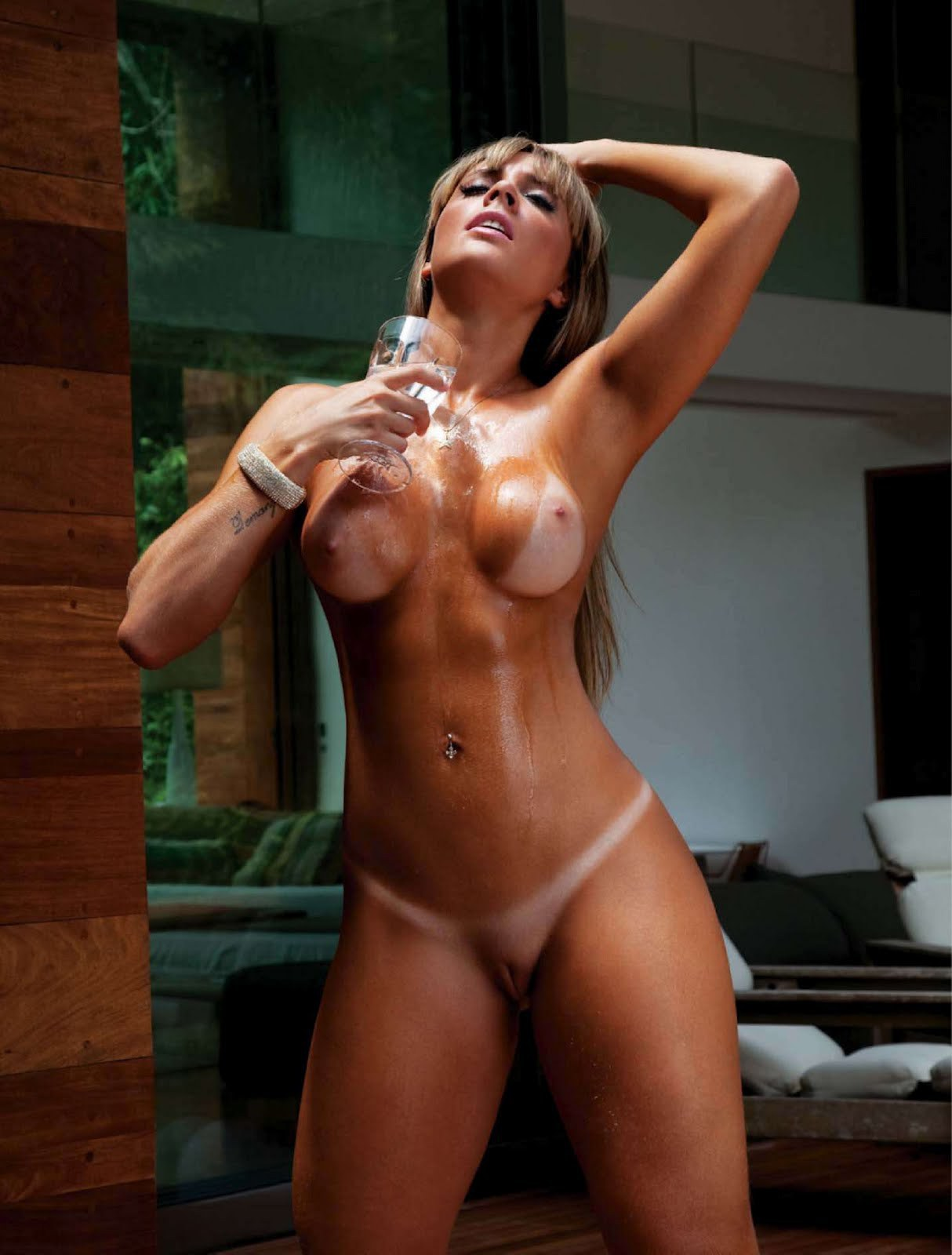 hot brunette with big tits sexy girls com xvideos com