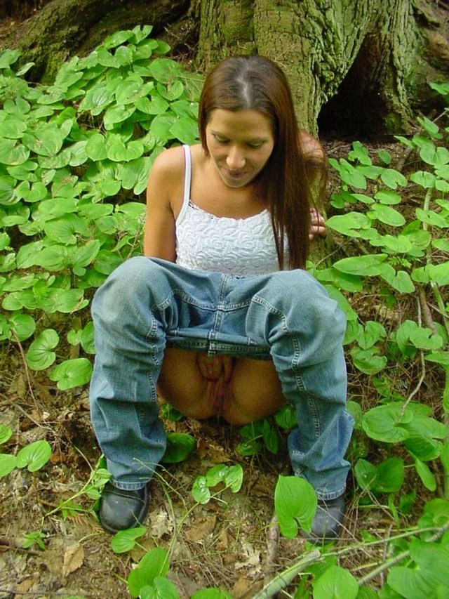 emo scene girls with blonde hair #peeing #outddoors #couldnthold #pullingpussy #jeansdown