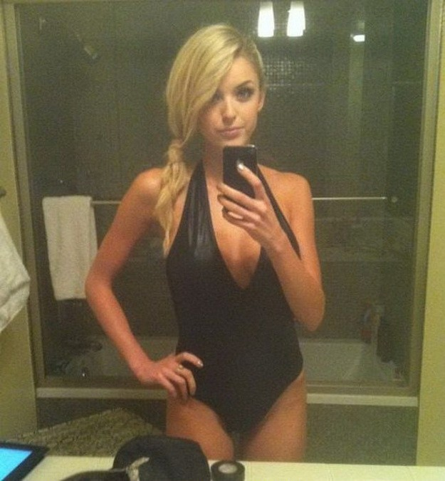 filthy mommy roleplay fantasy on webcam mobile porno #blindfold #blindfolded #blonde #cleavage #kneeling #nonnude #sexy